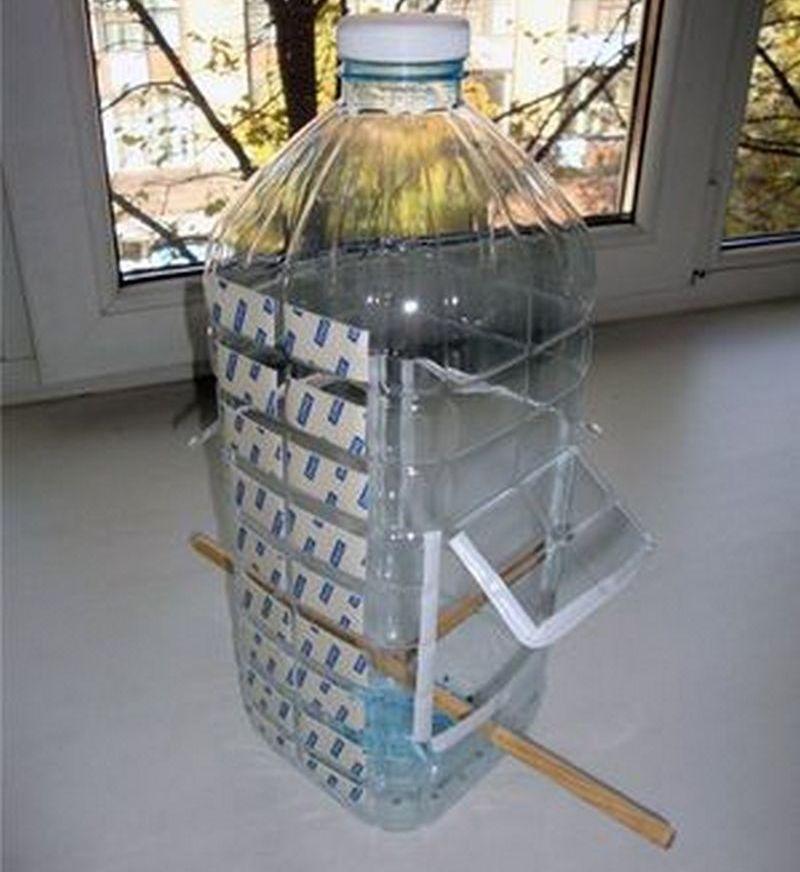 Как сделать кормушку из пластика